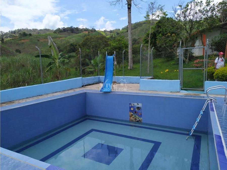 finca de recreo con piscina en san roque ant