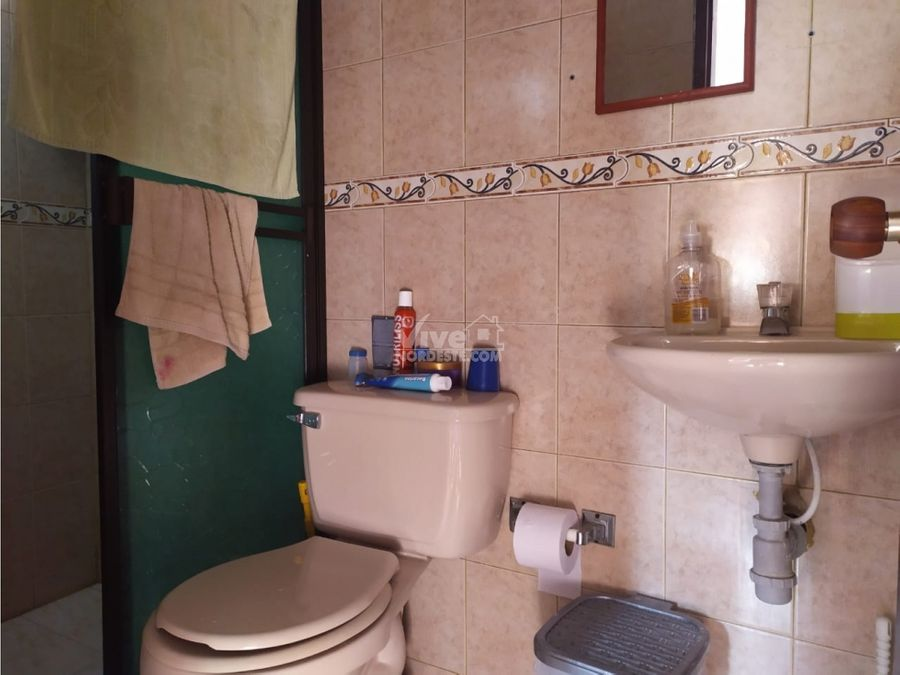 cambio segundo piso en san roque ant por casa en medellin