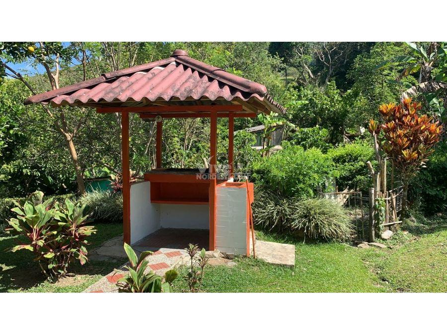 hermosa casa finca con piscina en cisneros ant