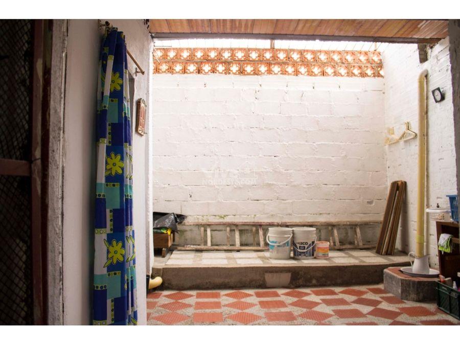 casa mas apartamento con piscina en cisneros antioquia