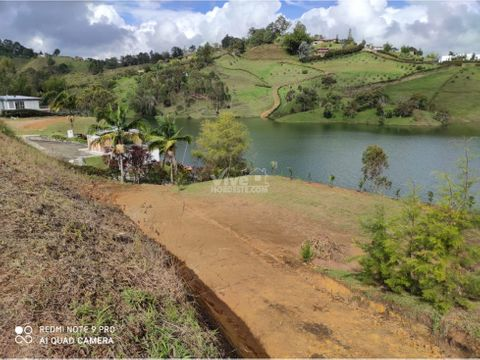 excelente lote ubicado en el morro guatape antioquia colombia