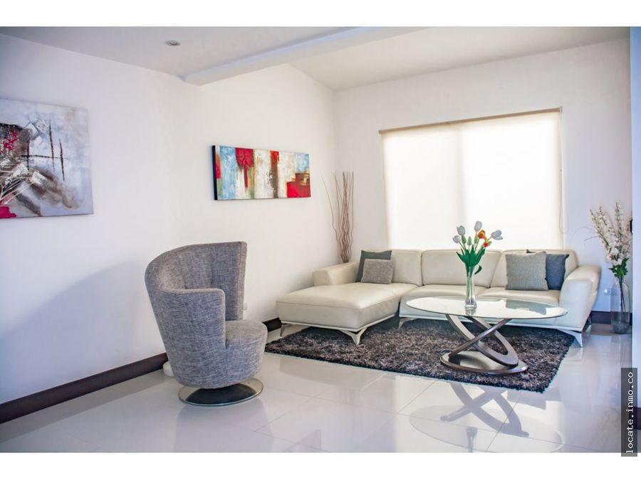 casa en venta en condominio santa ana