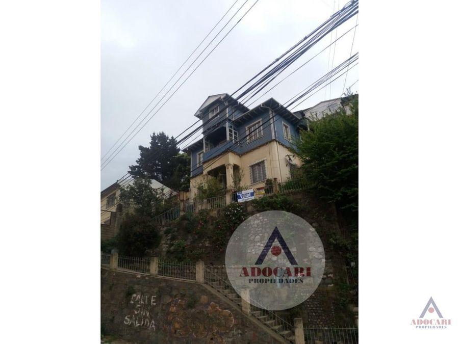 valparaiso cerro carcel newman