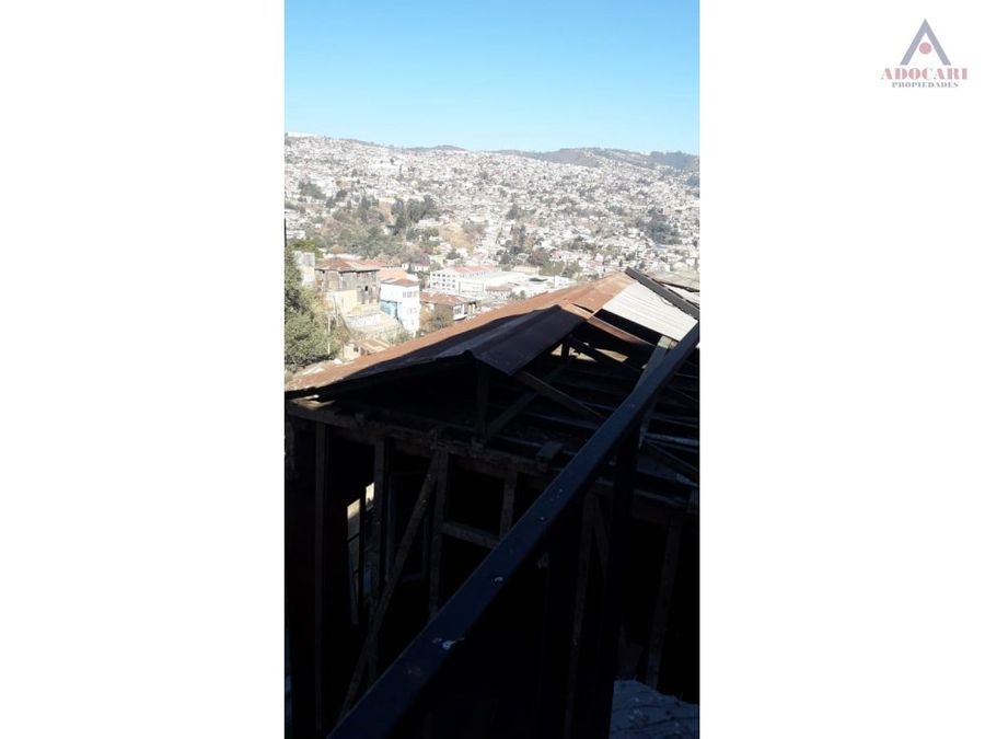 valparaiso cerro larrain manuel mendiburu