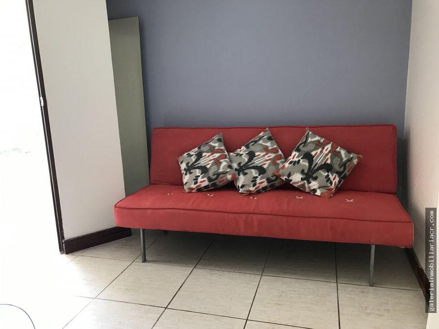apartamento semiamueblado con servicios incluidos