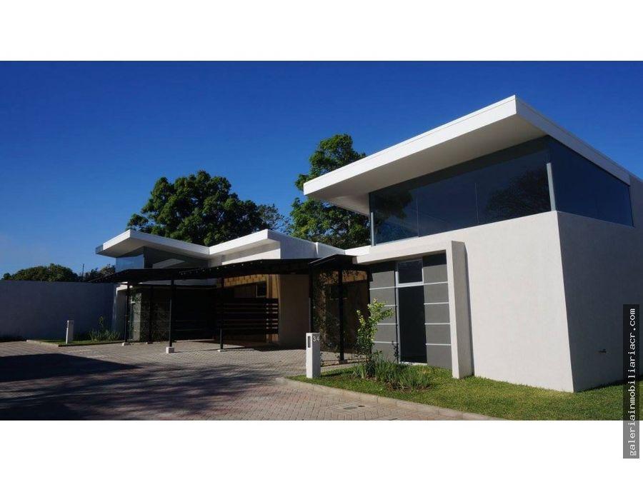 hermosa casa contemporanea de un nivel
