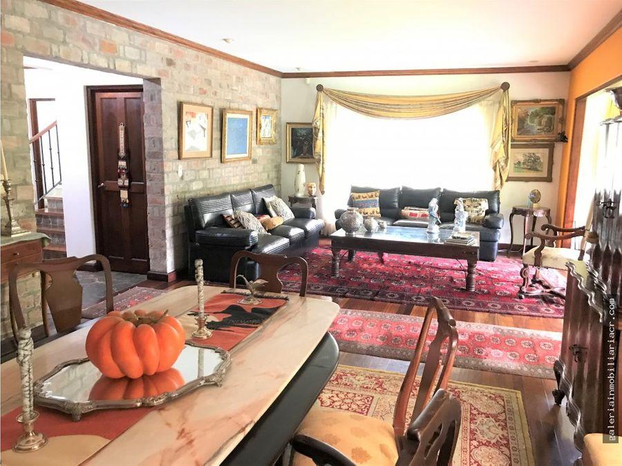 preciosa casa con encanto mediterraneo