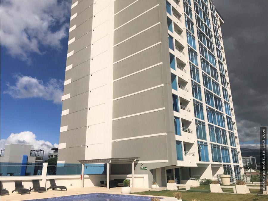 lindo apartamento en torre los yoses