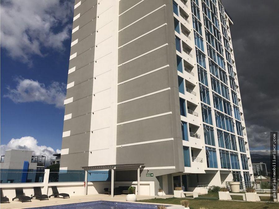 moderno apartamento en torre los yoses