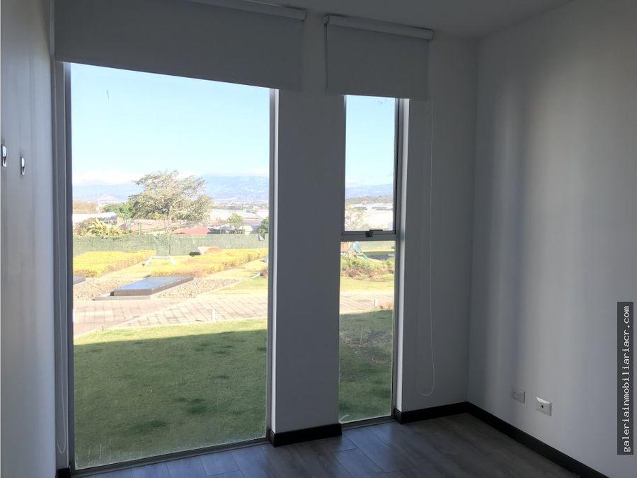 vistas a la colina apartamento con linea blanca