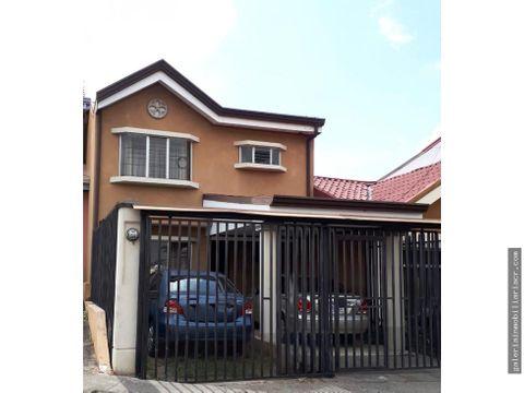 linda casa amueblada en residencial con seguridad