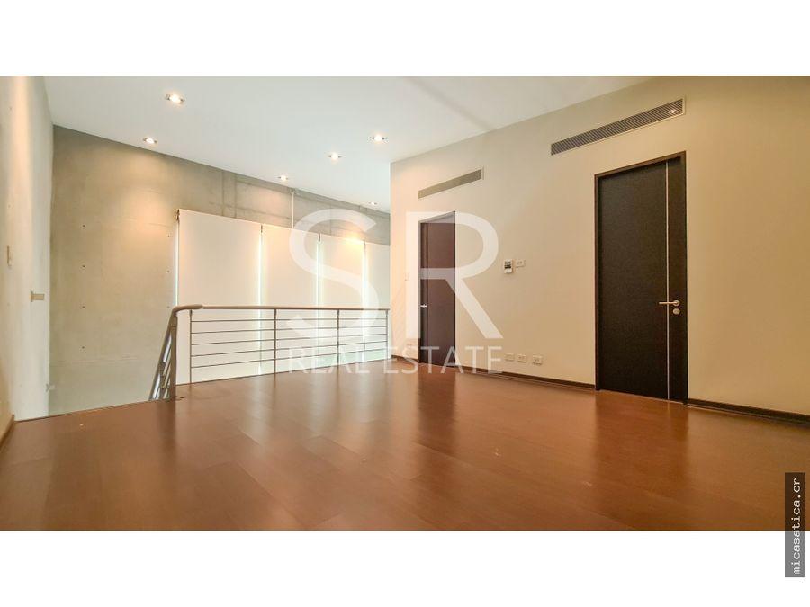alquiler apartamento en escazu 1 habitacion tipo loft linea blanca