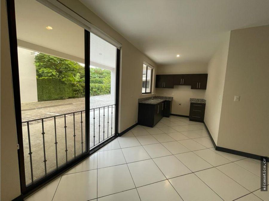 alquiler de lindo y amplio apartamento de 1 dormitorio en santa ana