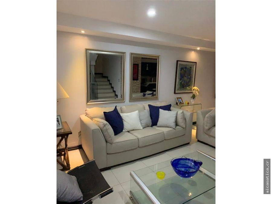 alquiler de linda casa en condominio 3 dormitorios en santa ana