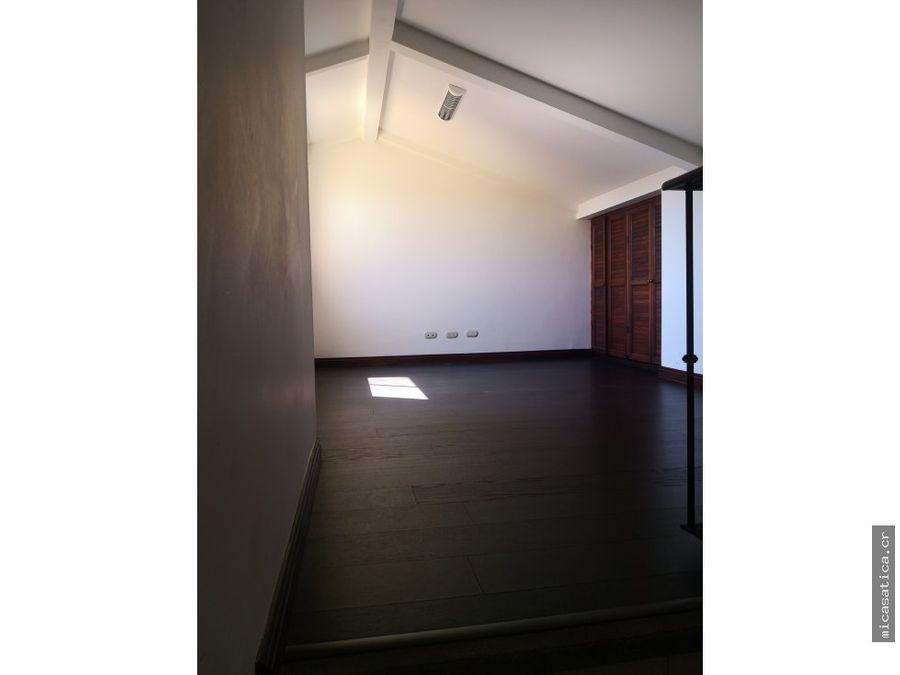 alquiler de casa en guachipelin norte usd 1400
