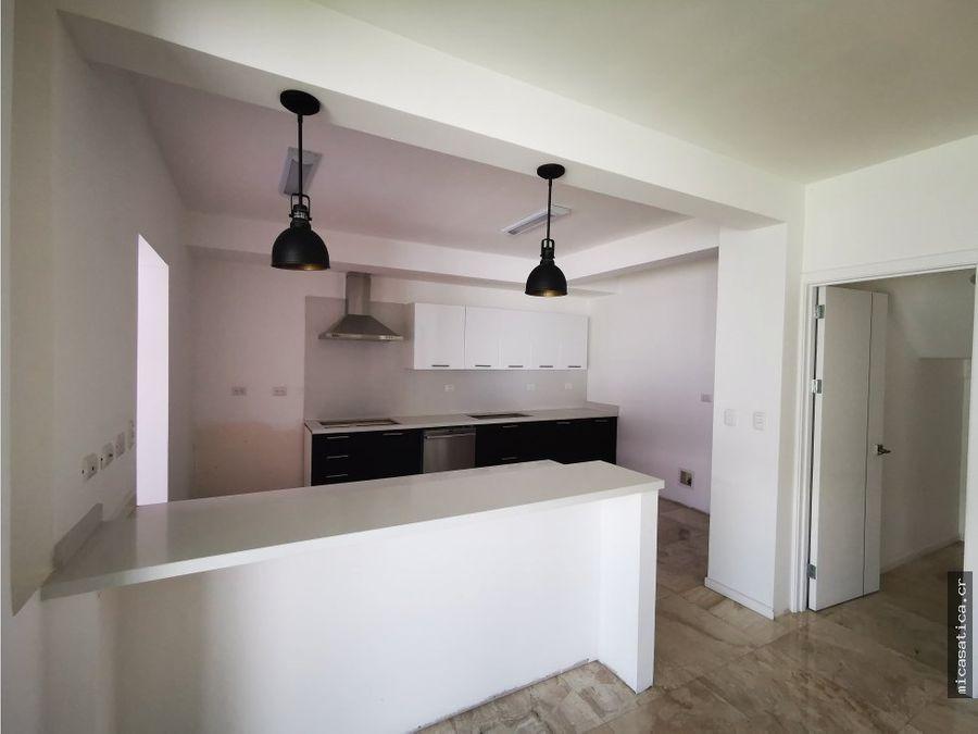 venta de casas en condominio rio oro de santa ana