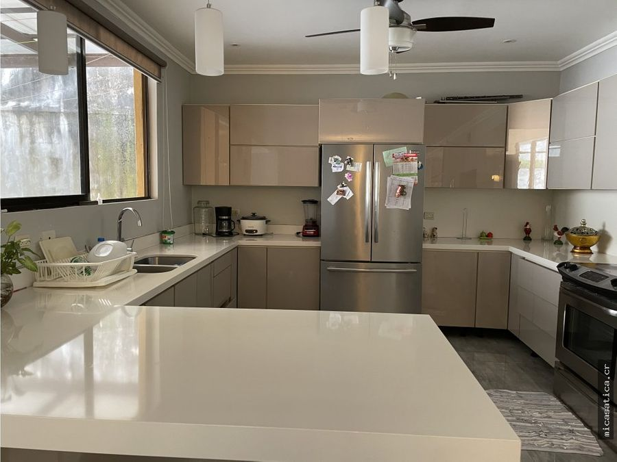 alquiler de casa 3 habitaciones acabados modernos en belen