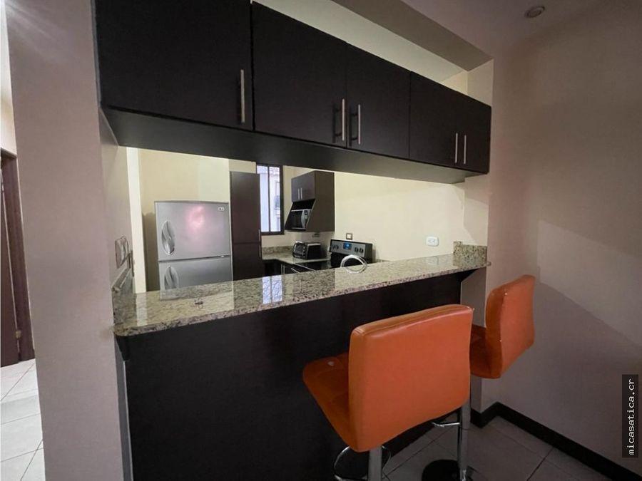 se aquila lindo y comodo apartamento amueblado 2 dormitorios