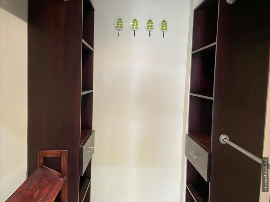 alquiler lindo apartamento 2dormitorios amoblado condo en escazu