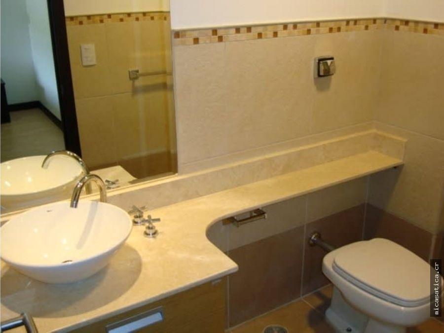 venta de apartamento en avalon country santa ana usd195000