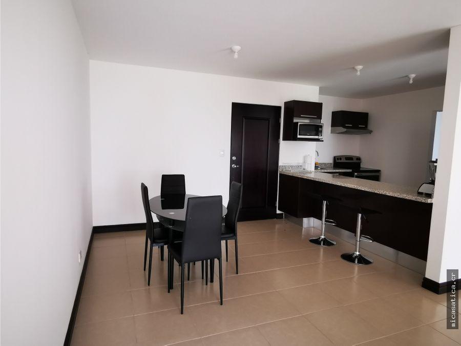 alquiler acogedor apartamento de 2 habitaciones en belen
