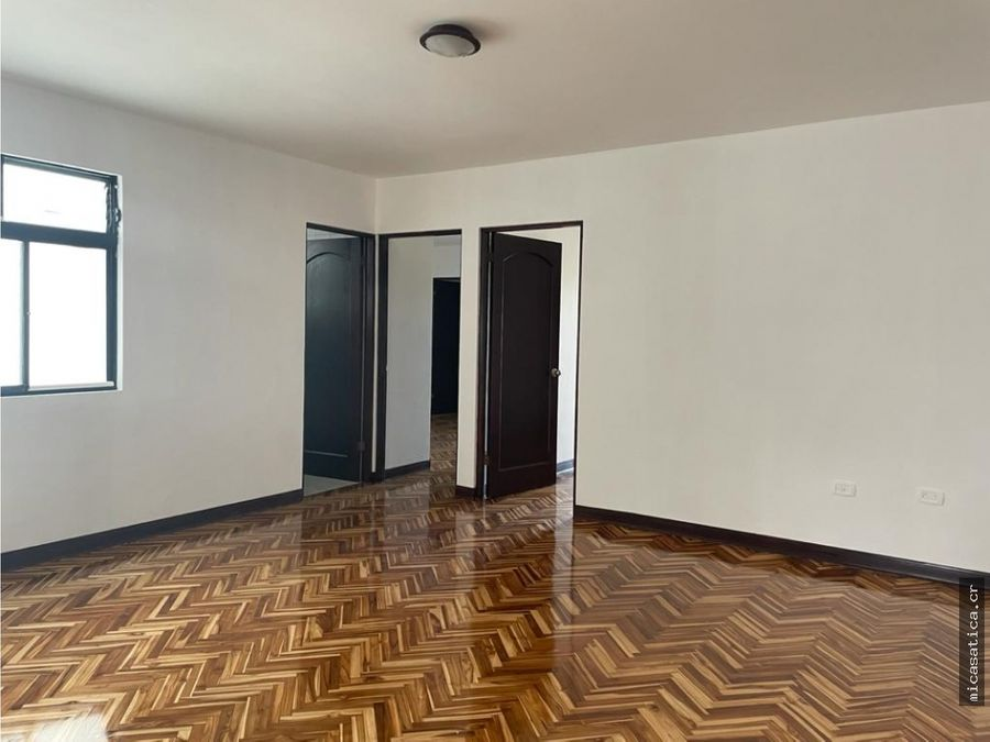 venta de casa en residencial los eliseos escazu