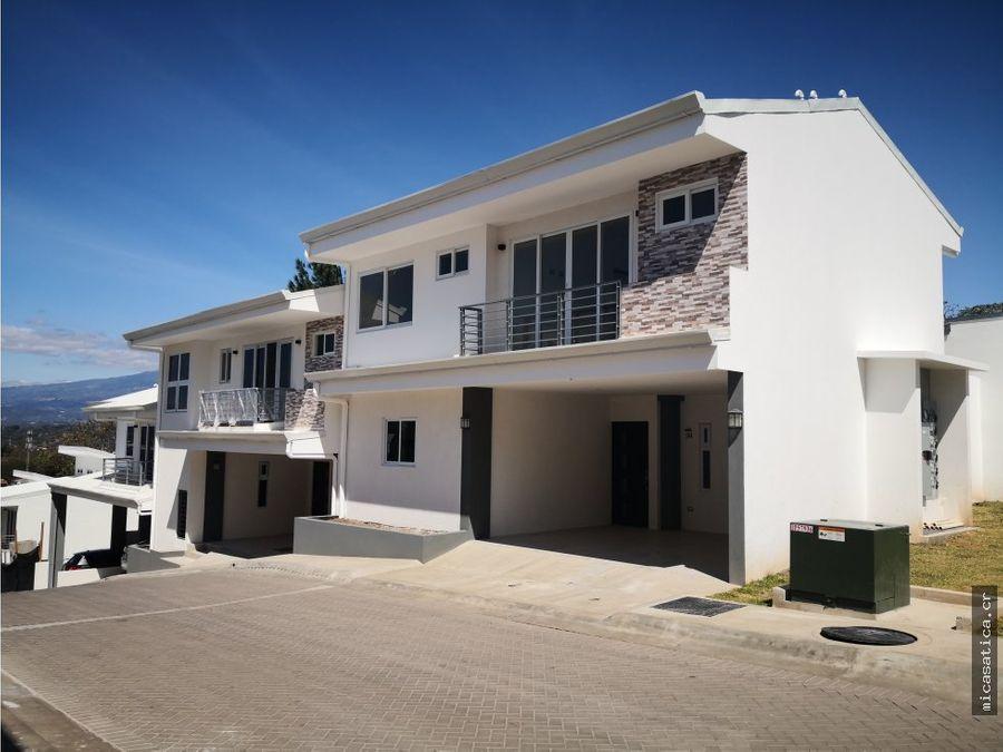 alquiler de casa en santa ana usd 1300