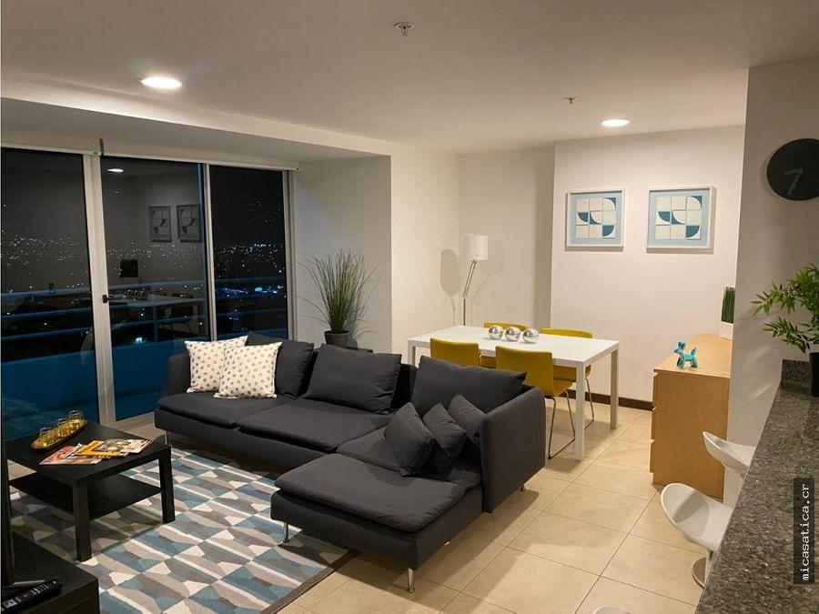 alquiler de bello apartamento elegantemente amoblado