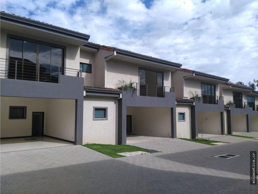 venta de casas en condominio santa ana