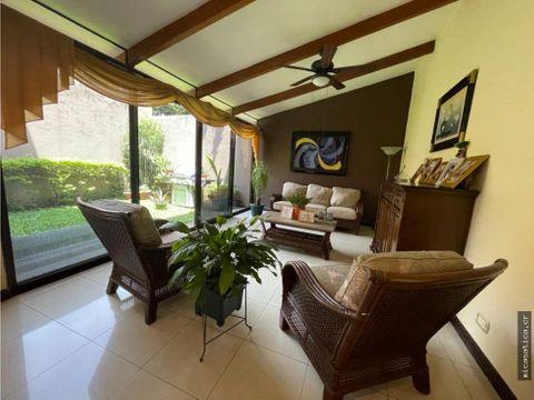 venta de linda casa en brasil de mora precio negociable
