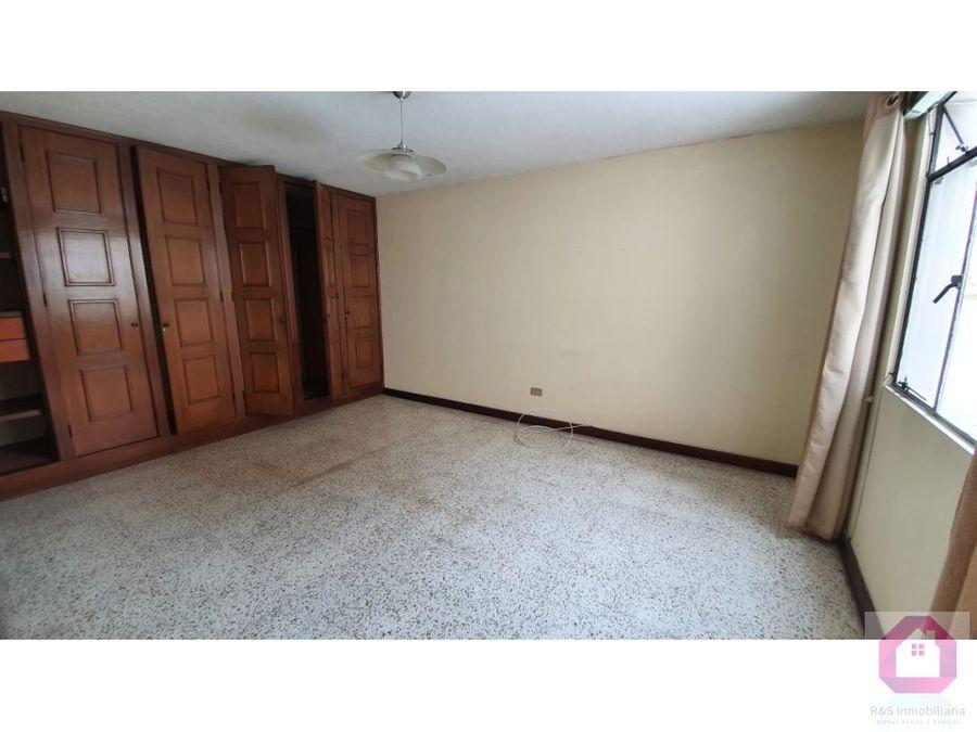 casa en venta en zona 14 fuera de garita