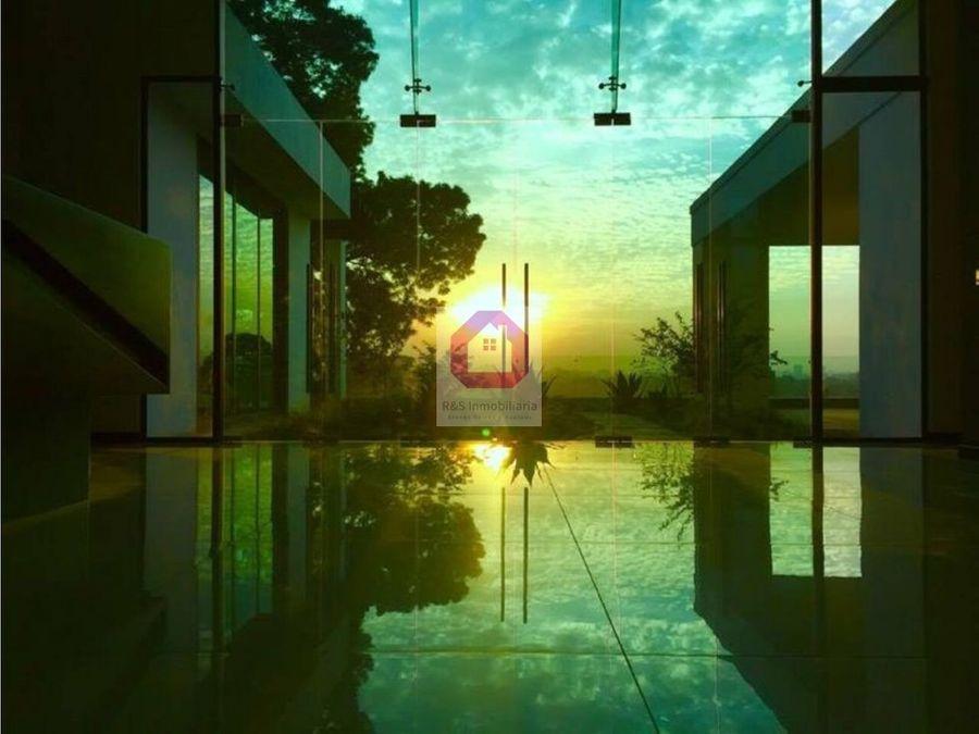 hermoso penthouse en renta viu cayala