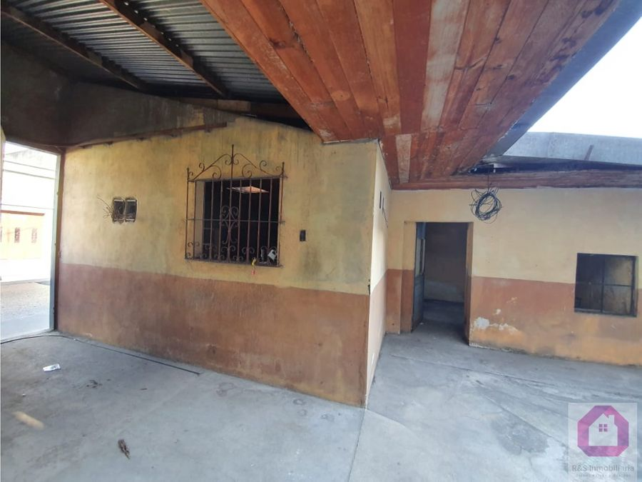 casa para oficinas o clinicas en venta en zona 2
