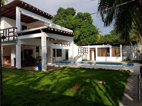 linda casa en venta en likin 1