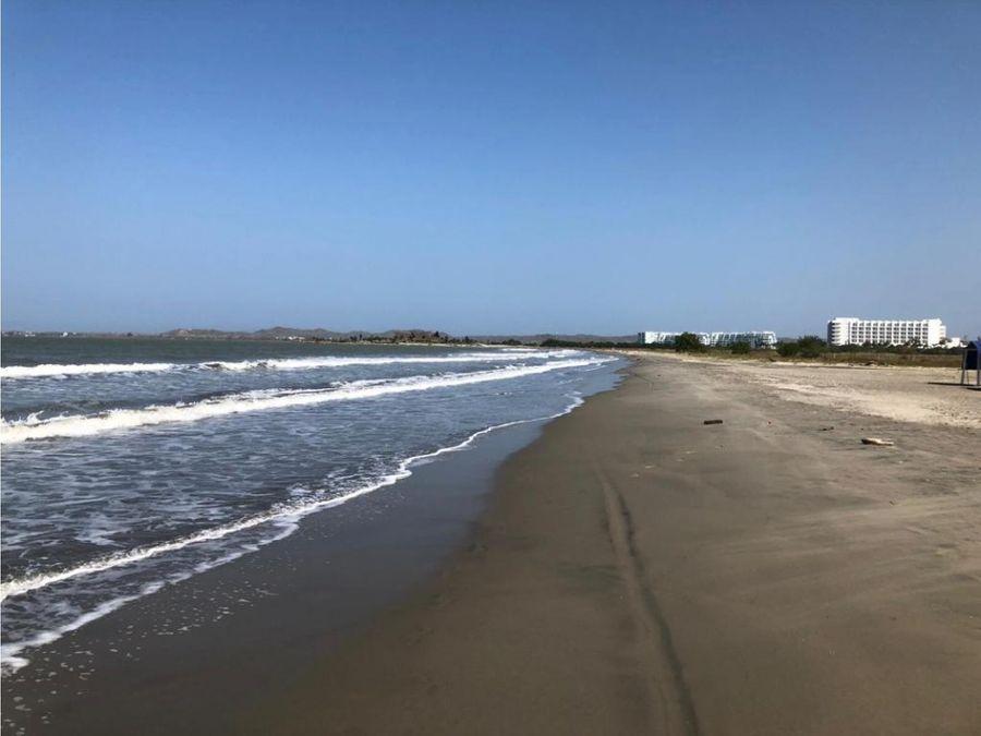 venta lujosa casa zona norte frente al mar