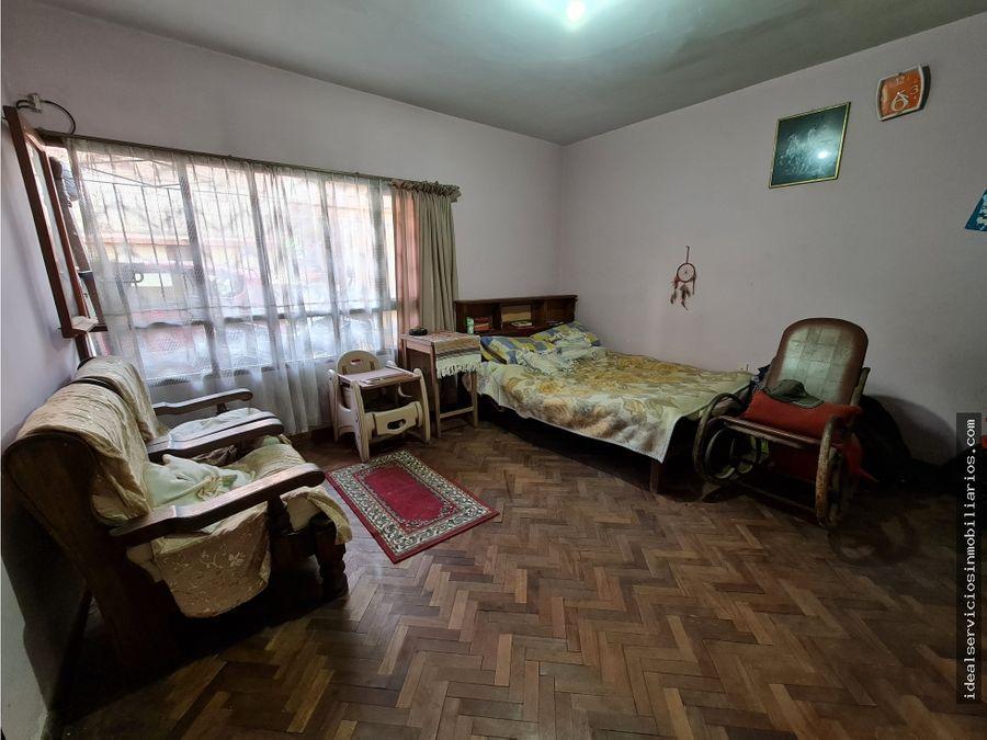 casa con 3 departamentos en venta