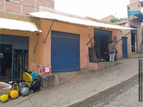 casa con tiendas inm templo san carlos