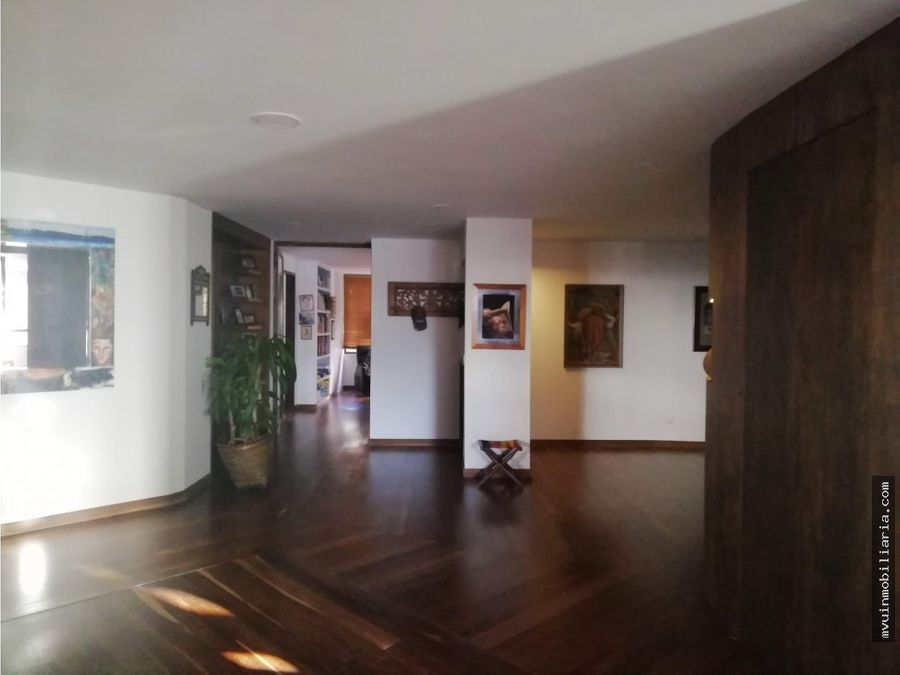 vendoapartamentoretiro320m2terraza3h