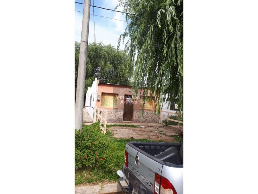 alquilo 2 casas miguel barreiro 037