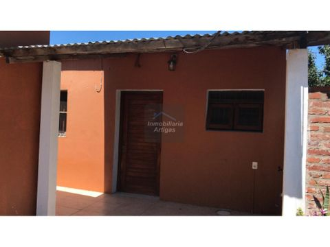 alquiler casa 2 dorm paraguay 414