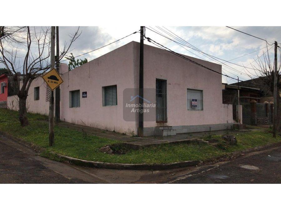 casa en manuel oribe no 950 esq paraguay
