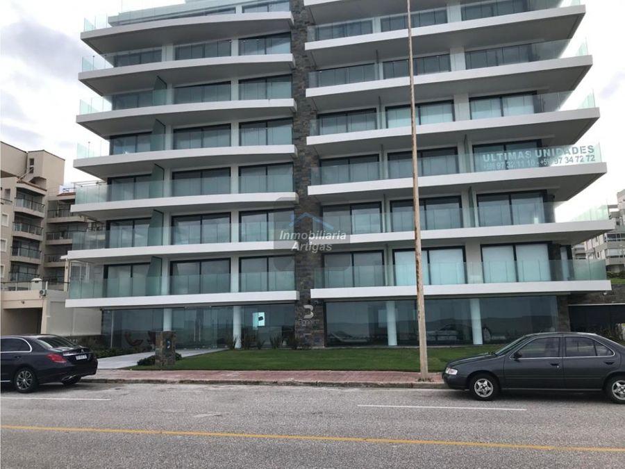 punta del este apartamento 5to piso 3 dorm 3 banos