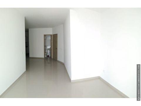 vende apartamento en la castellana 107m2