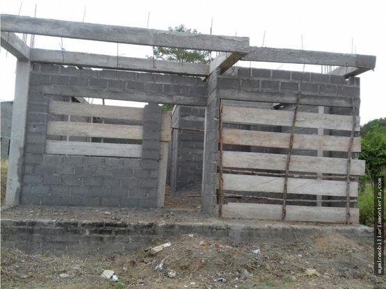 vende construccion en obra gris en cerete