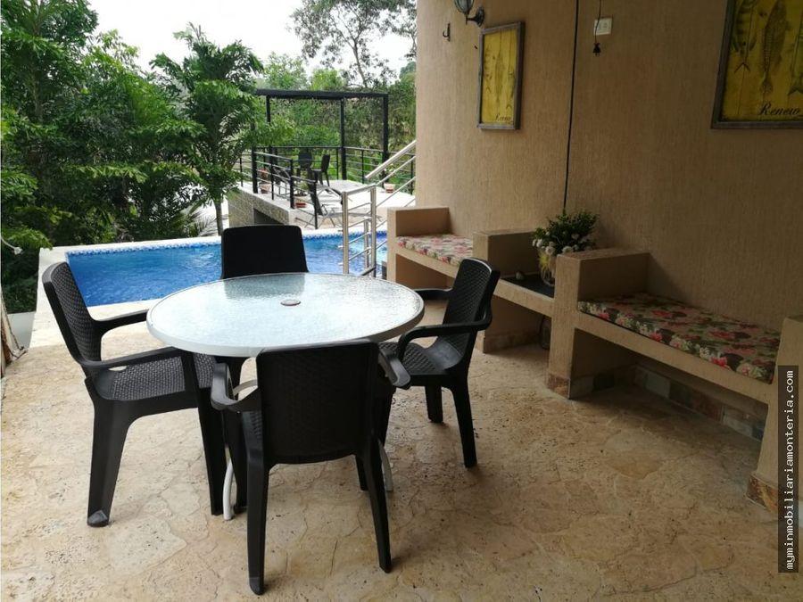 vende casa campestre con area 10571 m2