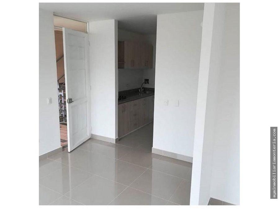 vende apartamento en coral piso 3