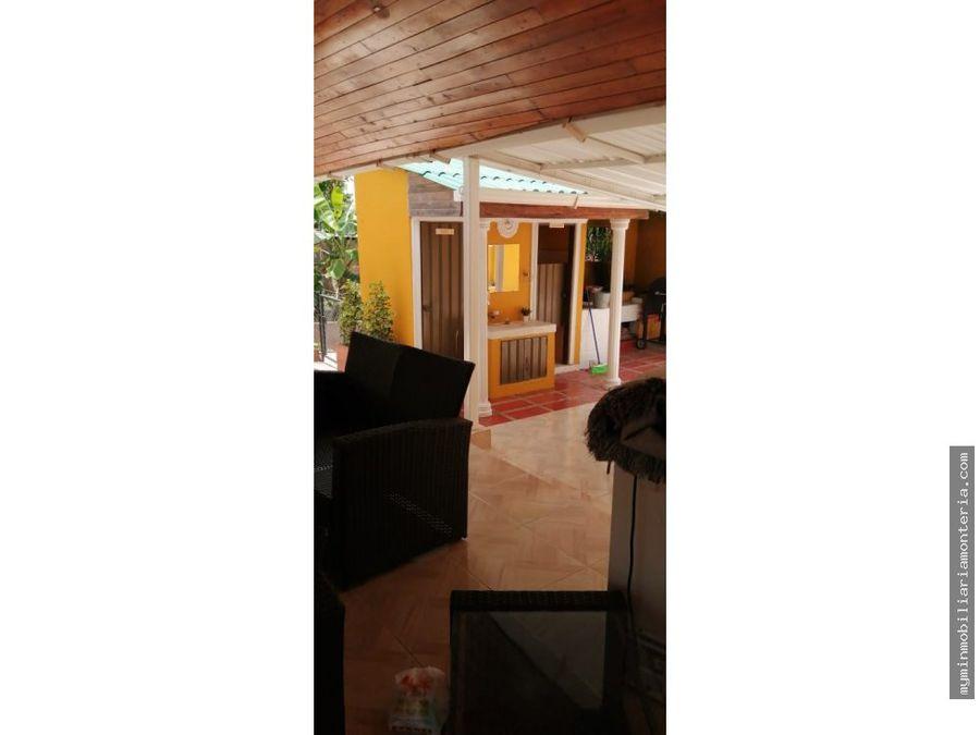 vende casa finca cerca de monteria de 1050 m2