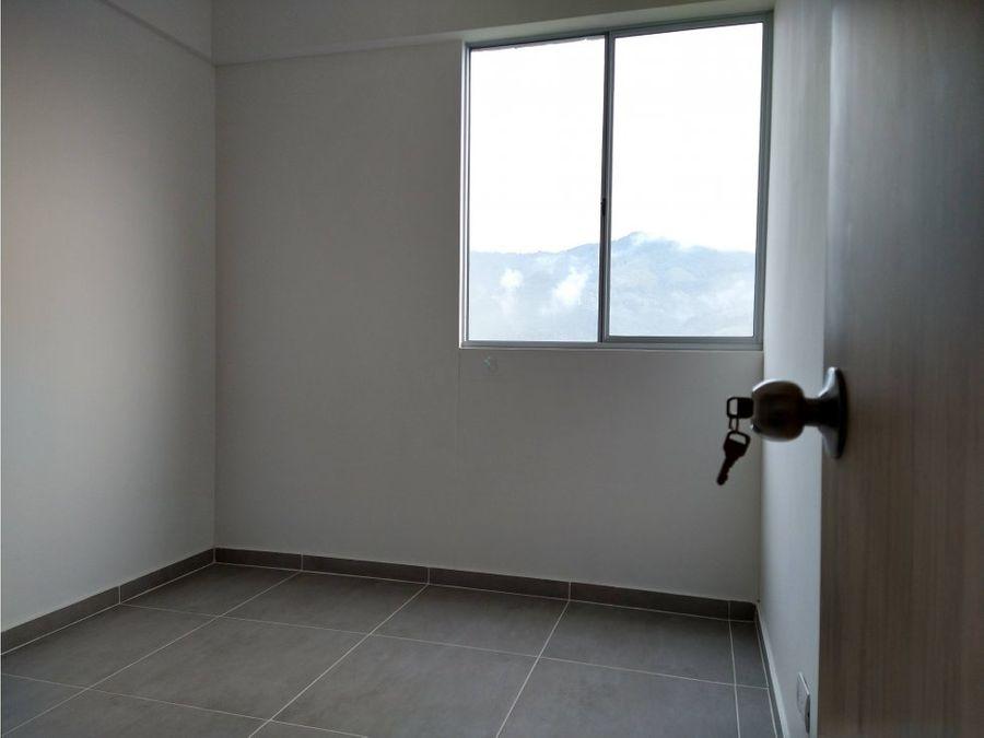 se vende apartamento en sabaneta lisboa