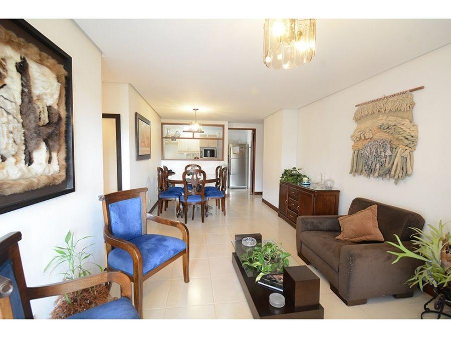 se vende apartamento en medellin sector el poblado
