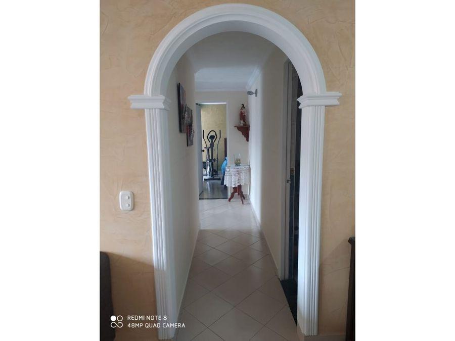 se vende apartamento en medellin sector santa monica